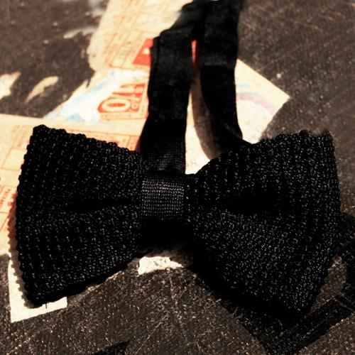 Black Clip Bowtie