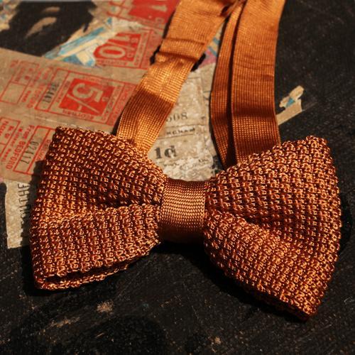 Gold Clip Bowtie